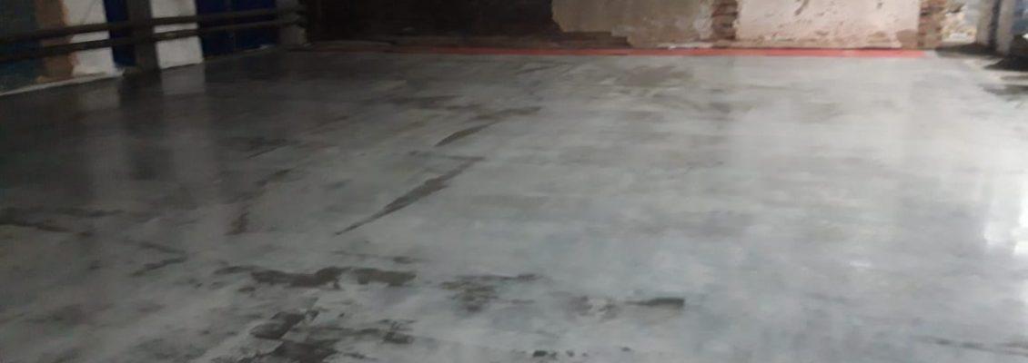 Пол с топпингом в логистическом центре, 550 м2, 4 дня